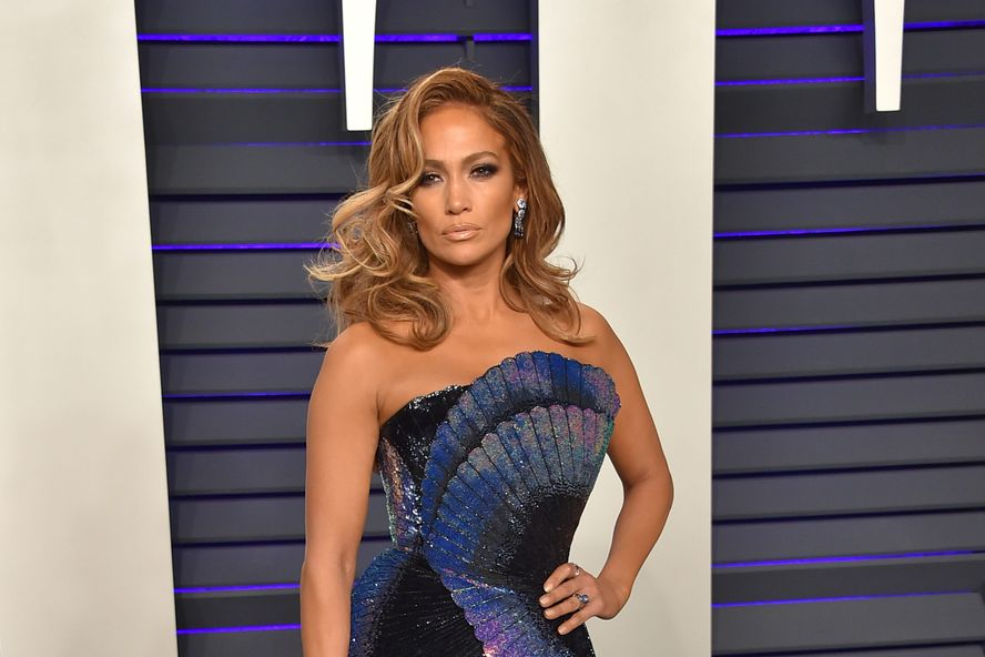 """Jennifer Lopez Reportedly Acted In And Produced 'Hustlers' """"For Free"""""""