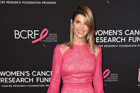 Lori Loughlin Files Motion To Dismiss Her Criminal Case In The College Admissions Scandal