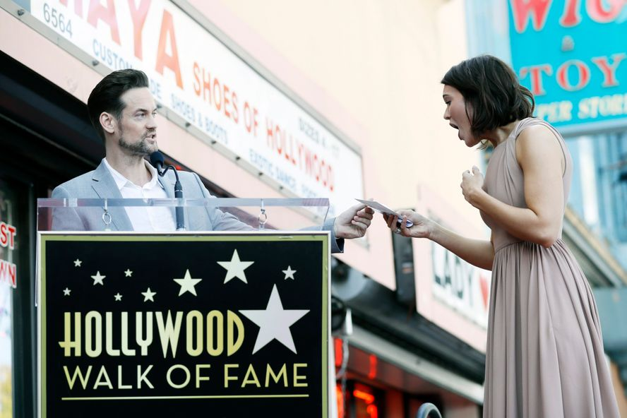 Shane West Honors 'A Walk To Remember' Costar Mandy Moore At Walk Of Fame Ceremony