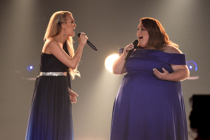 This Is Us Star Chrissy Metz Wows With 2019 ACM Awards Performance With Carrie Underwood