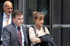 Smallville's Allison Mack Apologizes After Pleading Guilty In NXIVM Cult Case