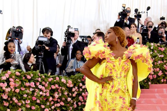 Serena Williams Just Wore Sneakers On The Met Gala Red Carpet