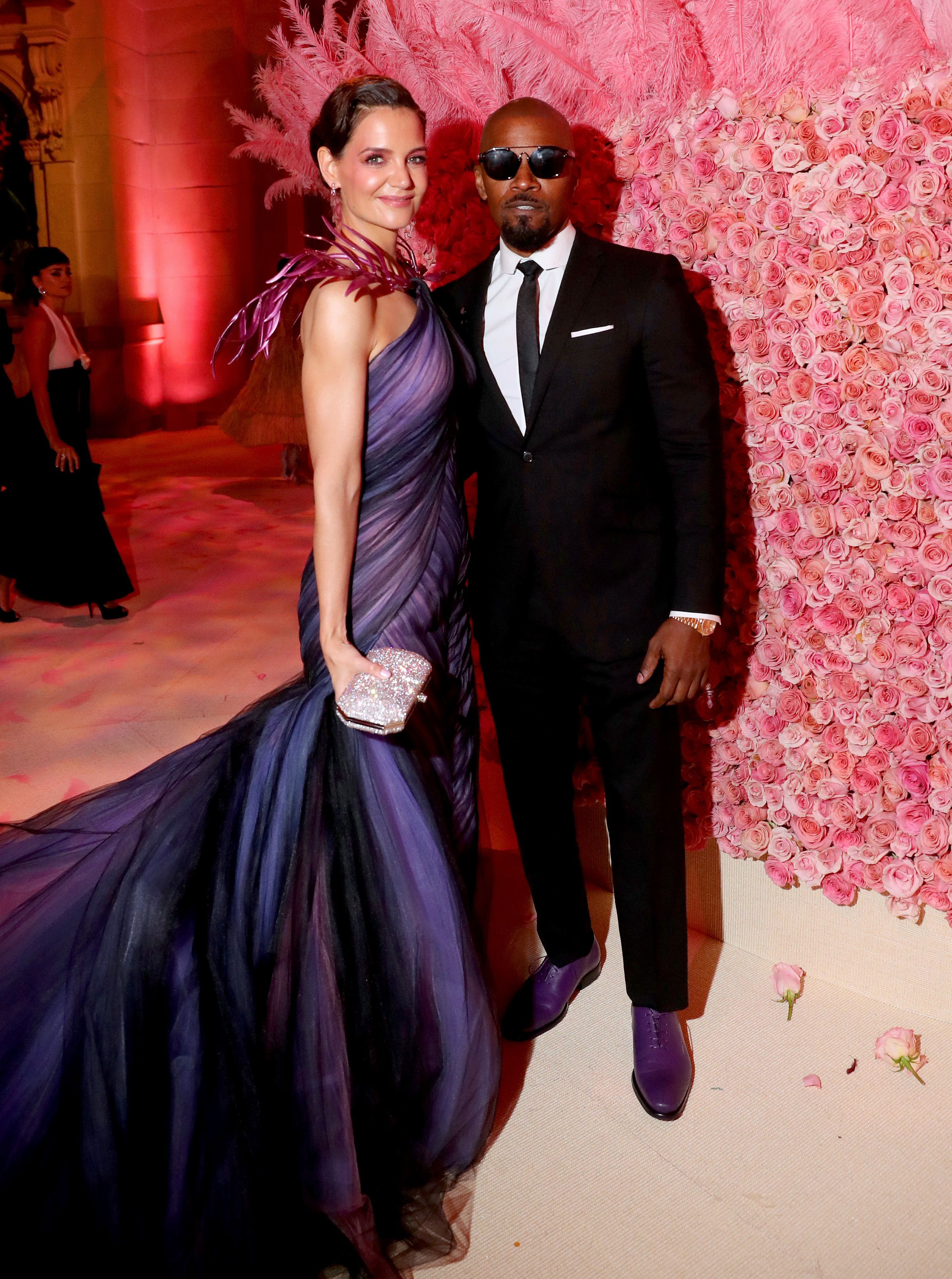Jamie Foxx And Katie Holmes Appear At 2019 Met Gala Together Marking First Major Event As A Couple - Fame10
