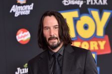 Keanu Reeves Responds To Being The 'Internet's Boyfriend'