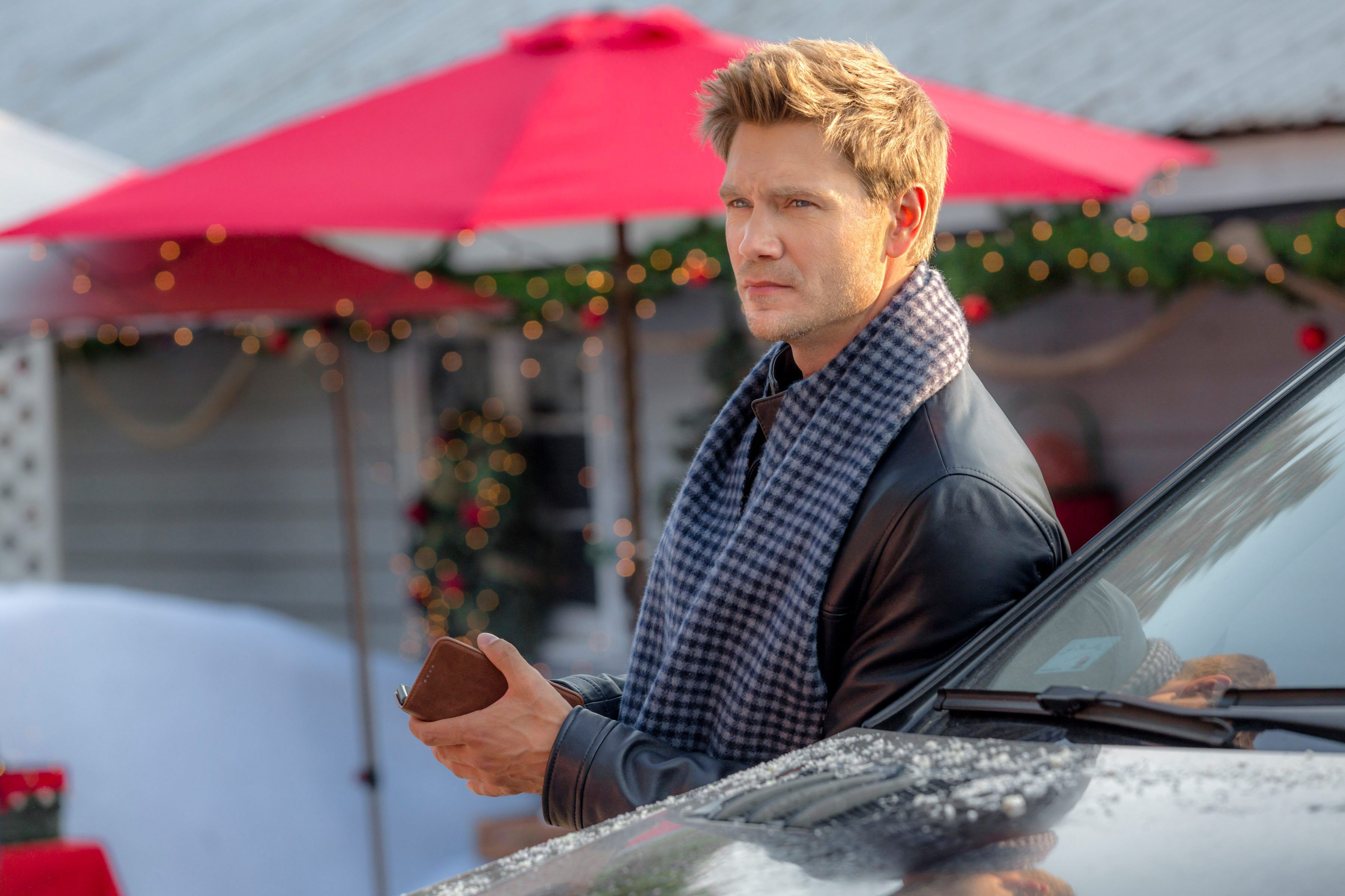 One Tree Hill's Chad Michael Murray And Torrey DeVitto Reunite For Hallmark Christmas Film - Fame10