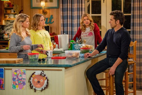 Candace Cameron Bure Promises Closure As She Discusses End Of 'Fuller House'
