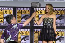 Marvel Announces Natalie Portman As Female Thor In Fourth Thor Film