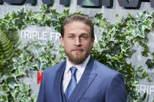 """Charlie Hunnam Opens Up About The """"Significant Health Issues"""" He Faced Last Year"""