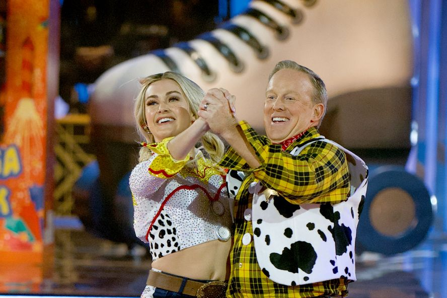 Sean Spicer Reveals He Has Already Lost 17 Pounds On Dancing With The Stars
