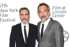 'Joker' Director Todd Phillips And Star Joaquin Phoenix In Talks About Doing A Sequel