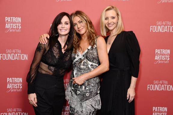 'Friends' Stars Jennifer Aniston, Courteney Cox and Lisa Kudrow Reunite For 2019 Patron Of The Artists Awards