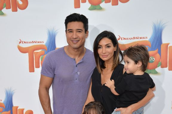 Mario Lopez's Kids Channel 'Saved by the Bell' For Halloween