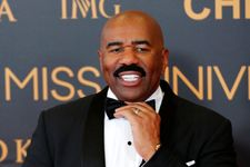Miss Universe Organizers Claim Steve Harvey Didn't Mix Up The National Costume Winner