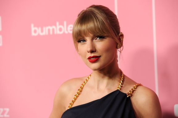 Taylor Swift Calls Out Scooter Braun During Her Billboard Woman Of The Decade Speech