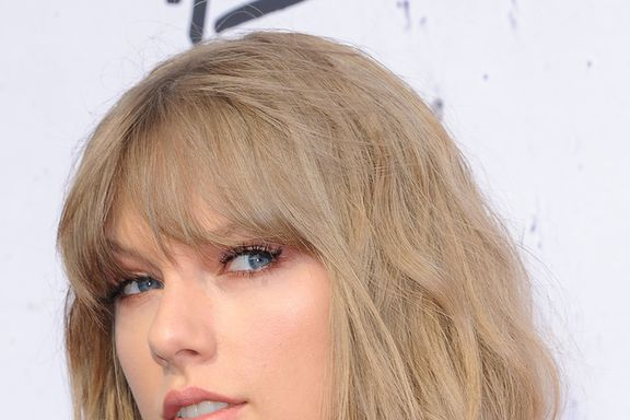 "Taylor Swift Drops New Christmas Song, ""Christmas Tree Farm"""
