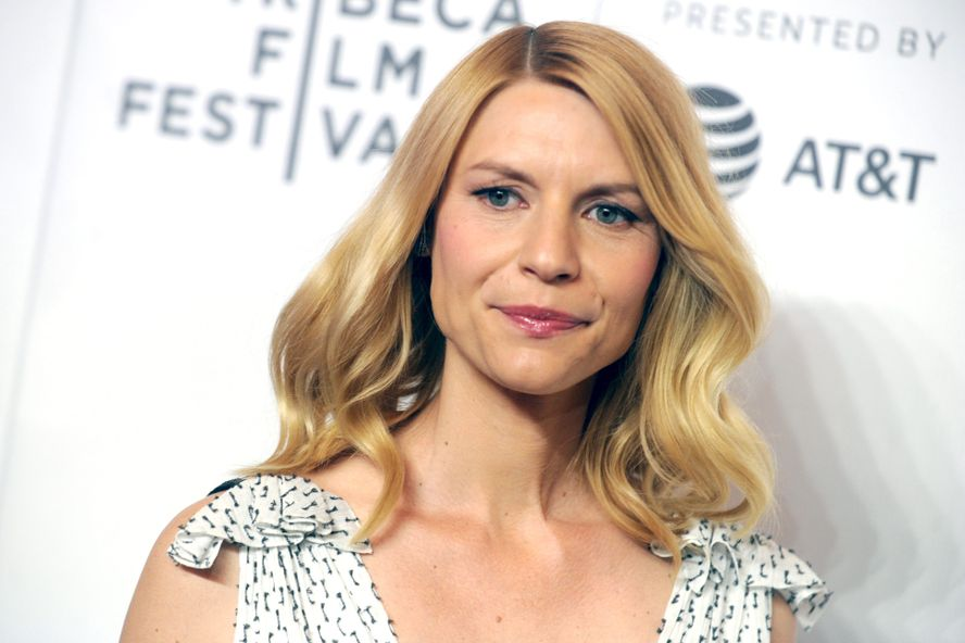 "Claire Danes Says She Has ""No Regrets"" Turning Down Lead Role In 'Titanic'"