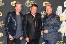 Rascal Flatts Announce Farewell Tour After 20 Years Of Performing