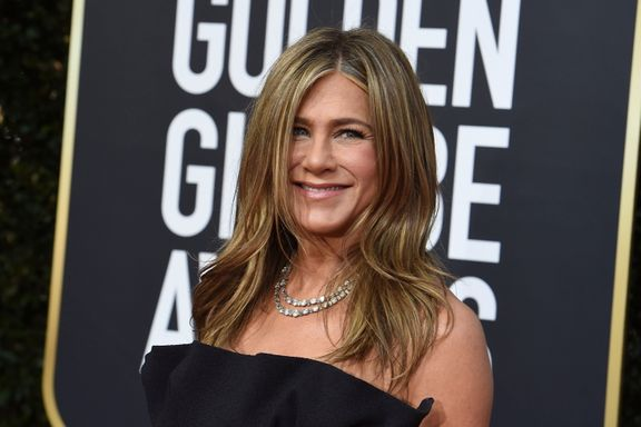 Jennifer Aniston Surprises 'Friends' Fans On The Central Perk Set