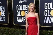"""Nicole Kidman Jokes About Being """"Almost Back On The Right Foot"""" As She Recovers From Broken Ankle"""