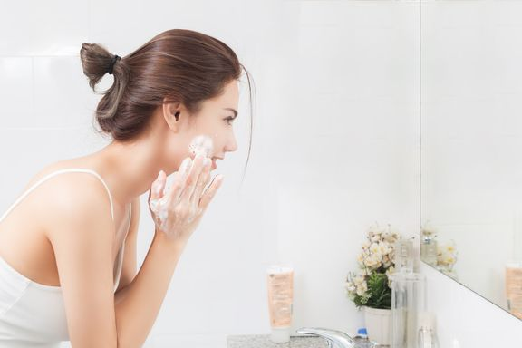 The 5 Best Exfoliators For Acne-Prone Skin