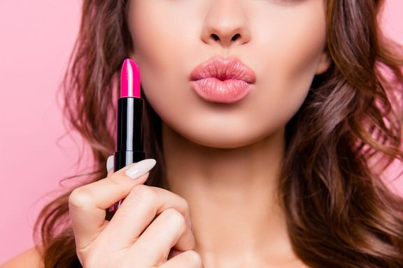 The 5 Best Lipsticks for Dry Lips