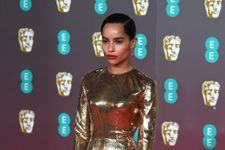 Zoë Kravitz Wore Head-To-Toe Glitter For The 2020 BAFTAs