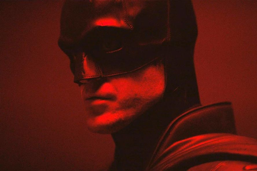 Robert Pattinson Suits Up As Batman In First Look At The New Film