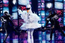 'The Masked Singer' Reveals Celebrity Behind Swan