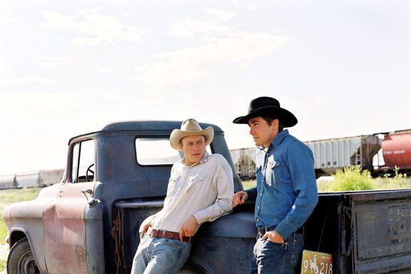 "Jake Gyllenhaal Revealed That Heath Ledger ""Refused"" To Present At The 2007 Oscars Over 'Brokeback Mountain' Joke"