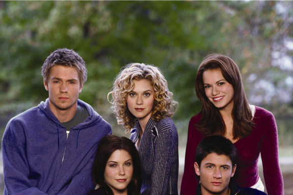 """One Tree Hill Podcast: Revelations From Episode 2 """"Take Me to the Pilot"""""""