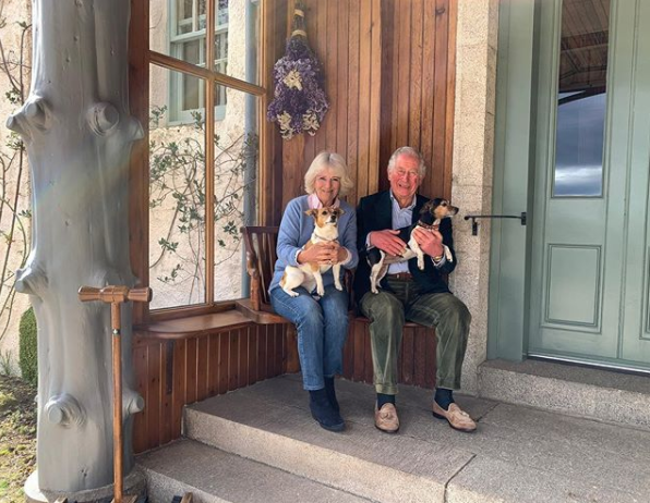 Prince Charles And Camilla Share Anniversary Photo In Isolation With Their Dogs - Fame10