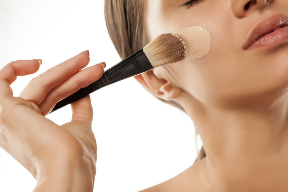 The 5 Best Foundations For Dry Skin - Fame10