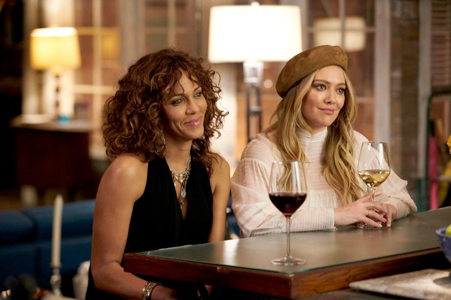 'Younger' Spinoff Starring Hilary Duff Is Reportedly In The Works