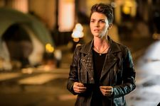 Batwoman Showrunner Reveals Fate Of Kate Kane After Ruby Rose's Surprising Exit