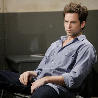 Former Y&R Star Michael Muhney Demands Apology