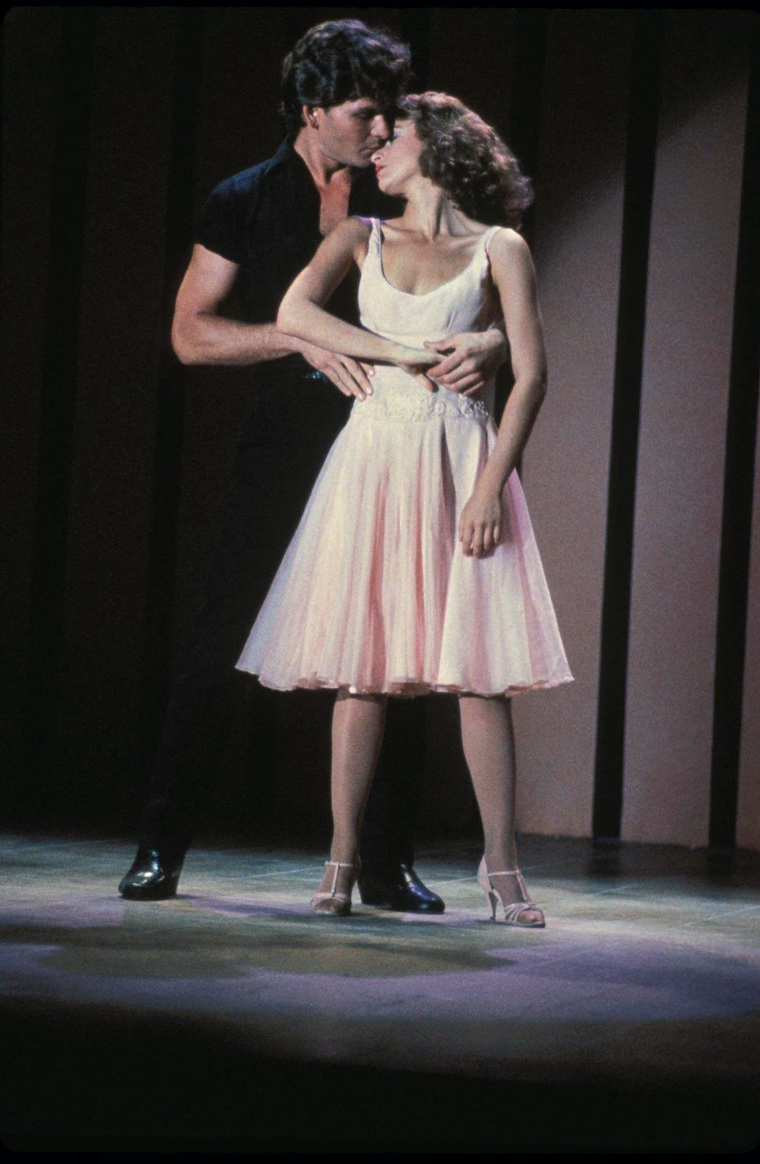 Dirty Dancing Sequel Starring Jennifer Grey Announced 33 Years After Original Hit Theaters - Fame10