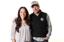 Chip And Joanna Gaines Are Returning To TV With A Fixer Upper Reboot