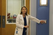 Grey's Anatomy's Ellen Pompeo Shares Behind-The-Scenes Photo On Set While Filming Season 17