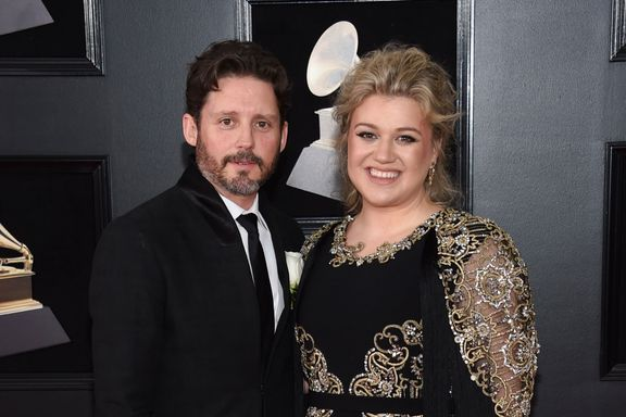 Kelly Clarkson Sued By Father-In-Law Narvel Blackstock's Company Amid Divorce