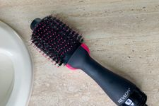 An Honest Review Of The Revlon One-Step Hair Dryer & Volumizer: Is it Worth The Hype?