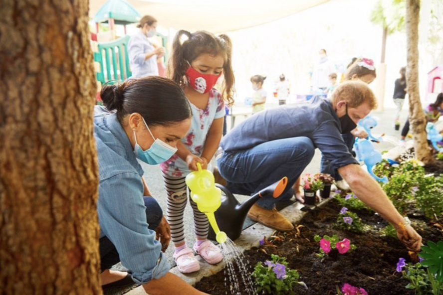 Prince Harry And Meghan Markle Plant Forget-Me-Nots At A Preschool In Honor Of Princess Diana