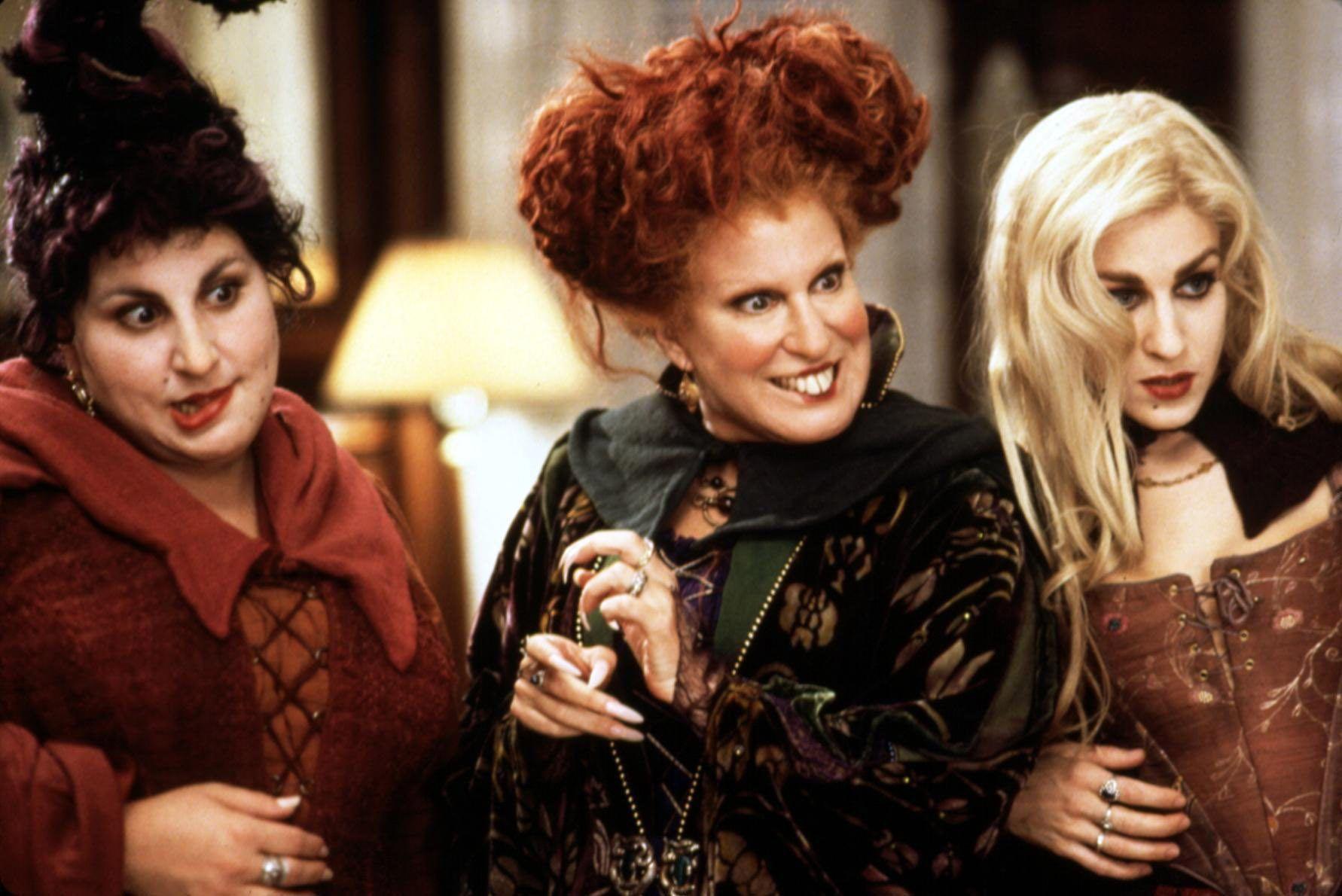 Bette Midler Teases Hocus Pocus Reunion With Cast Photo