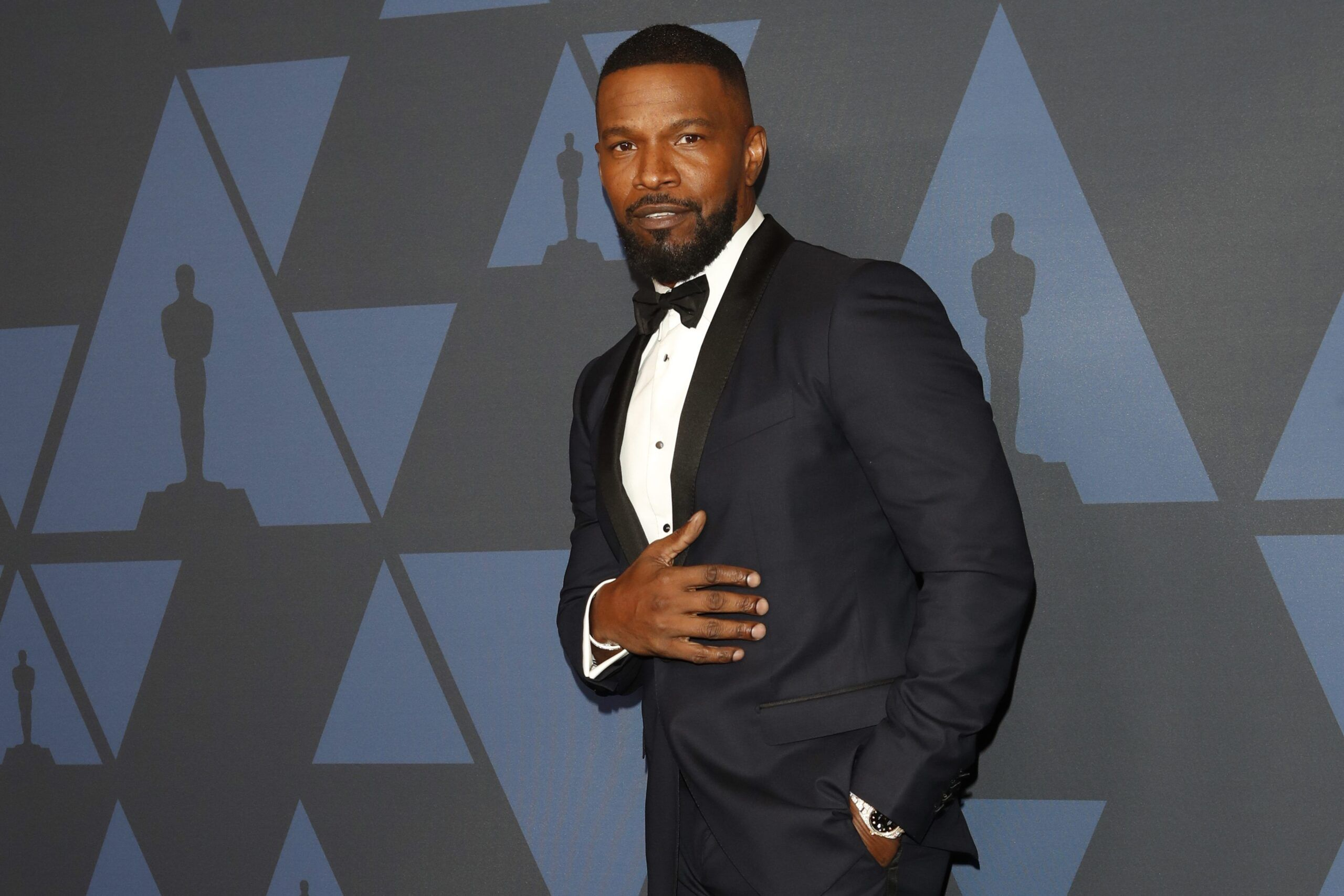 Jamie Foxx Says His ''Heart Is Shattered'' After The Passing Of Younger Sister - Fame10