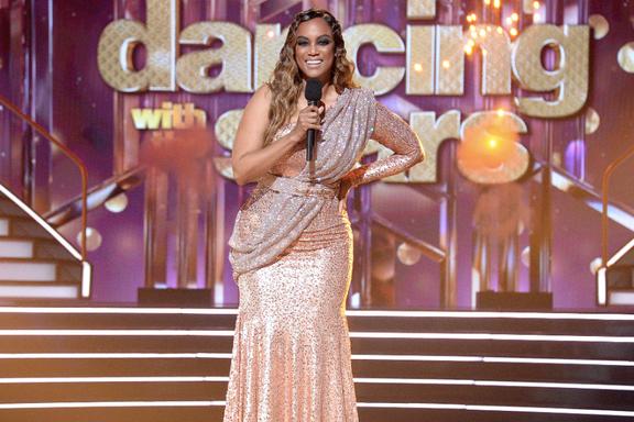 Tyra Banks Announces Wrong Bottom Two On Dancing With The Stars