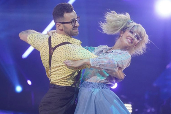 'Dancing With The Stars' Week Five Recap: Which Couple Went Home?