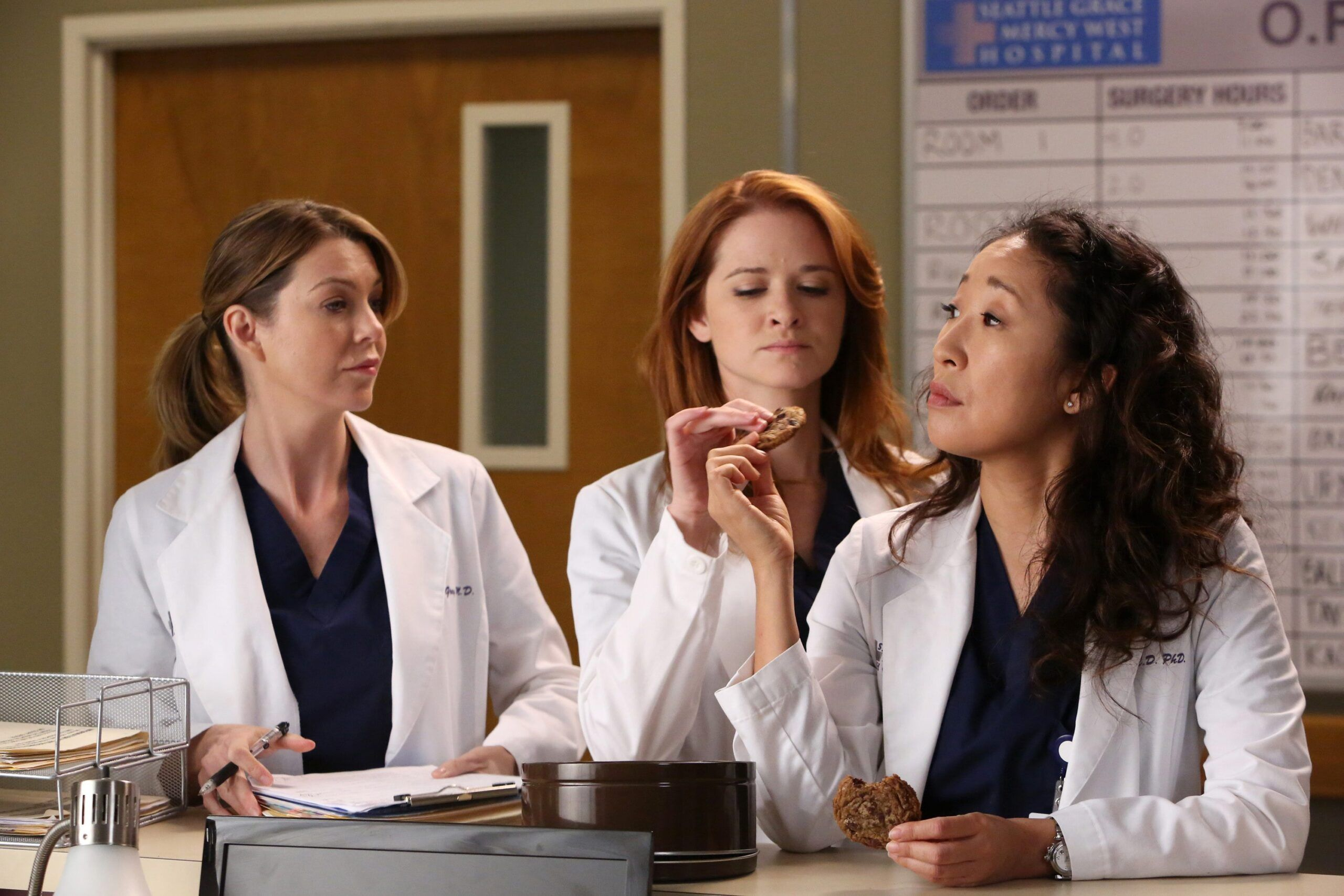Grey's Anatomy Hints That Another Star Is Returning This Season