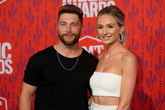 Bachelor's Lauren Bushnell Is Expecting First Child With Husband Chris Lane