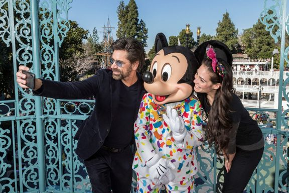John Stamos Will Be Joining American Idol As A Mentor For Disney Special