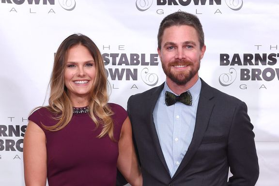 Stephen Amell Confirms He Was Removed From Flight After Public Argument With Wife