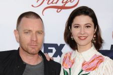 Ewan McGregor And Mary Elizabeth Winstead Welcome First Child